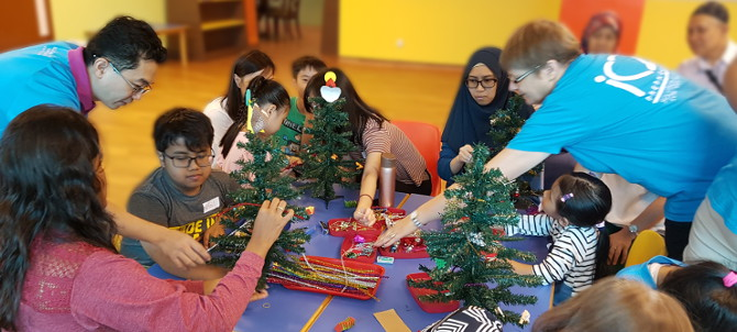 Kids Konnect! session 2017 November Holiday Programme - Christmas tree decoration