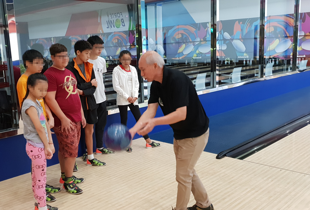 Our students had a delightful bowling session at the Forte Bowl.
