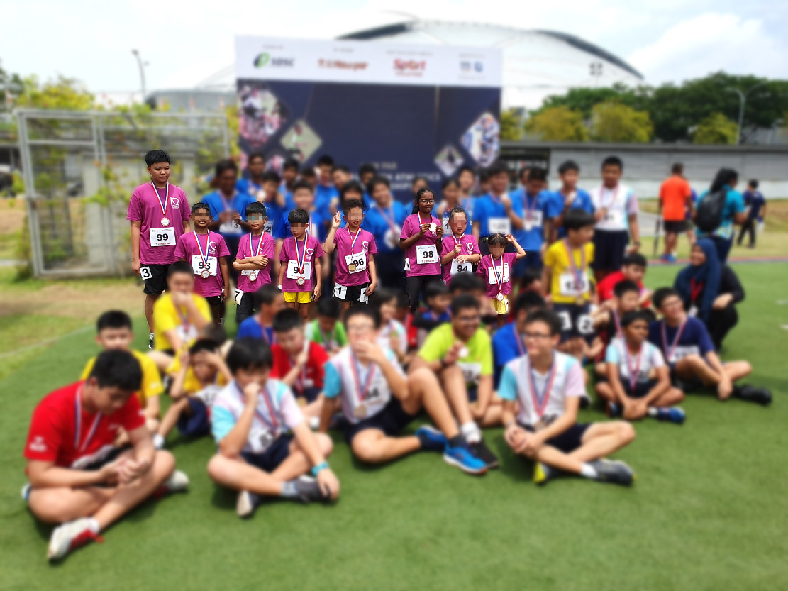 A group photo of all participants.